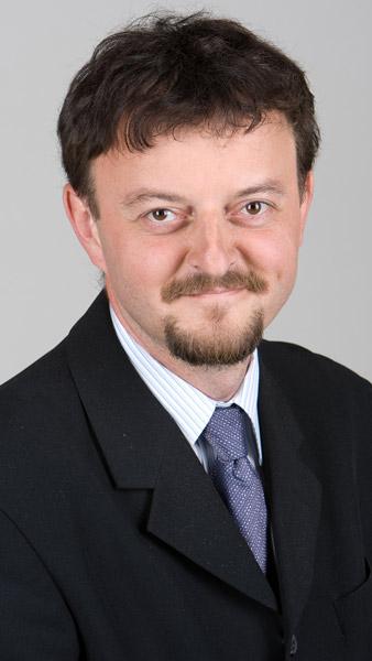 Csenger Ferenc Narrátor, bemondó, hírolvasó, műsorvezető
