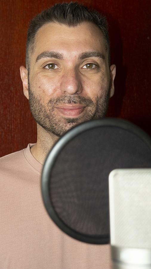 Maka Gyula Színész, énekes